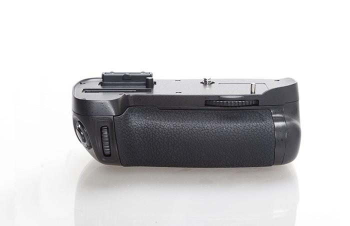 Многофункциональная батарейная ручка Phottix BG-D600 для камеры Nikon D600, D610 (MB-D14)