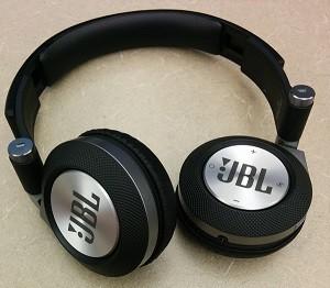 Наушники JBL Synchros E40BT black