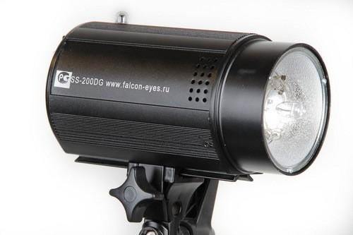 Вспышка Falcon Eyes SS-110DG