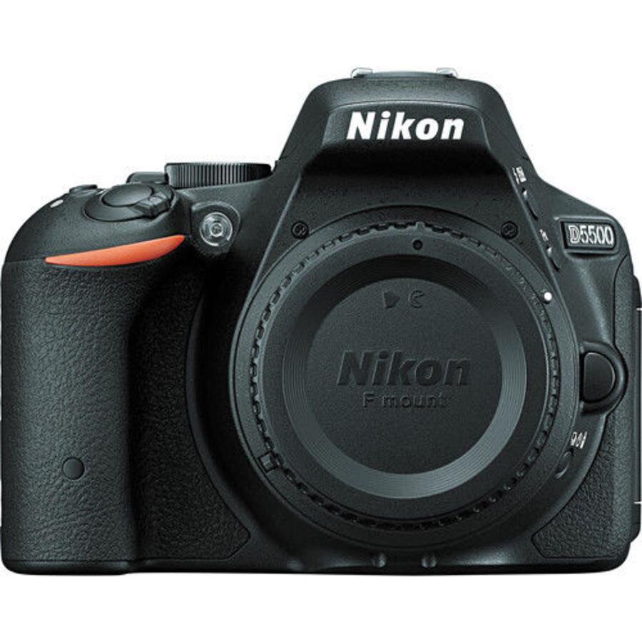 Цифровой фотоаппарат Nikon D5500 body